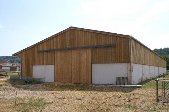 Votre hangar agricole par un sp cialiste du batiment bois for Batiment en bois en kit