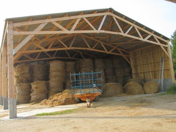 Votre hangar agricole par un spécialiste du batiment bois et du hangar en kit Le B u00e2timent Bois # Batiment Bois Agricole
