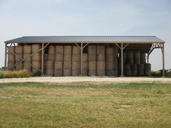 Hangar bois kit fourrage