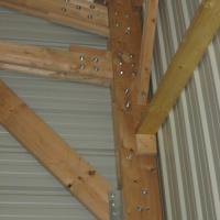 detail charpente bois bardage et couverture en bac acier